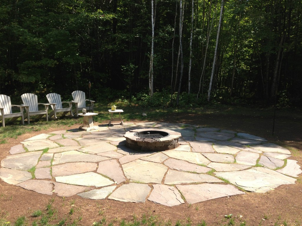 Flagstone with 4' Fire Ring